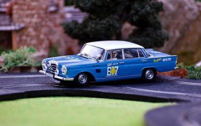 Mercedes 220 SE 1960 y Mercedes 300SE 1964 Revell